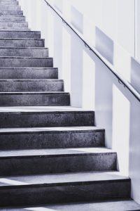 De optie van een complete trap vervanging of traprenovatie is misschien net wat je nodig hebt om je woninginrichting te verbouwen