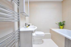 Eenvoudig maar moderne badkamerstijl